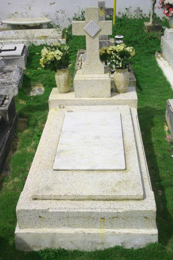 Alba Santo Domingo Grave in Puerto Rican El Morro.
